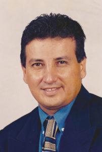 ARNOBY BETANCOURT Director de la  Escuela Comunitaria de Derechos Humanos de Texas