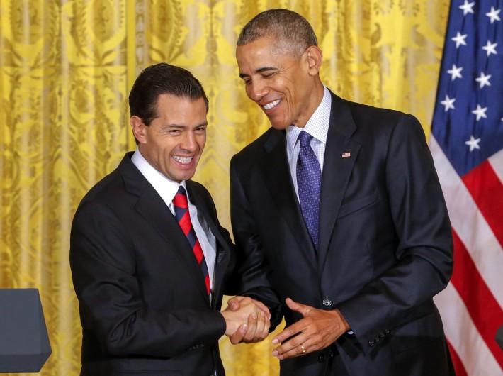 Obama-Pe+¦a-14