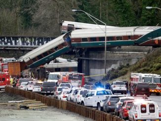 Al menos 6 muertos en accidente ferroviario || El Hispano News